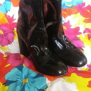 French connection blacked heeled boots
